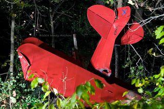Biplane_crash11-1-08 3